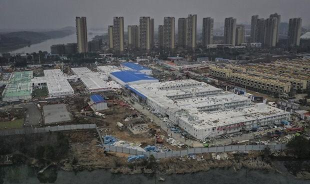 China empieza a cerrar los hospitales levantados en Wuhan por el Covid-19