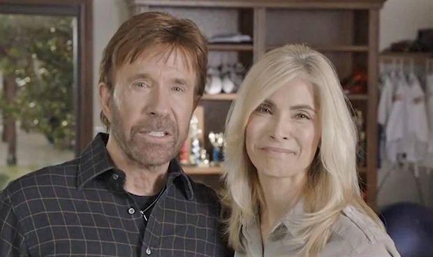 Chuck Norris no pone una queja en el hospital; demanda a 11 farmacéuticas