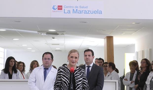 Cifuentes 'corta la cinta' del nuevo centro de salud de Las Rozas