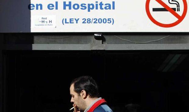 Cinco hospitales catalanes reciben el 'nivel oro' por ser espacios sin humo