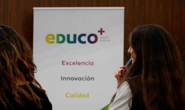 Cofares colabora con los estudiantes de Farmacia para impulsar actividades