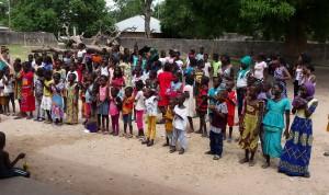 Cofares lleva hasta Senegal la ayuda de la Farmacia española