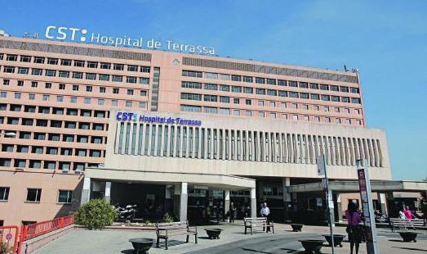 Comín cede en Tarrasa para evitar la huelga sanitaria
