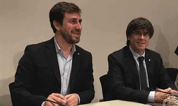 Comín firma la ley para el referéndum secesionista catalán