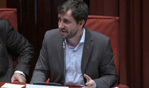 "Comín responde a Fernández Díaz: ""No nos destrozarán el sistema sanitario"""