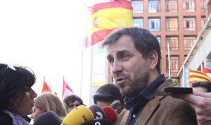 Comín se ofrece como interlocutor con Podemos para el referéndum unilateral