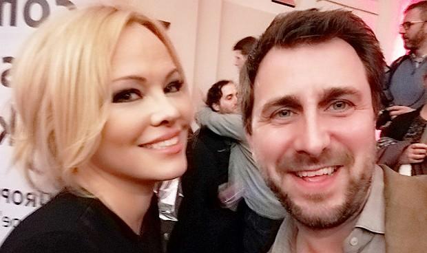 Comín y Pamela Anderson, referentes en la causa independentista