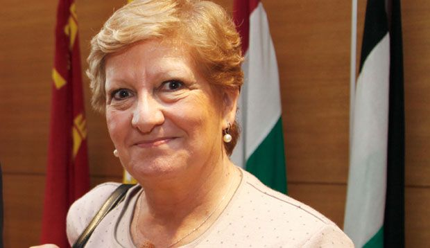 Concha Ferrer desvela su futuro al frente de los médicos zaragozanos
