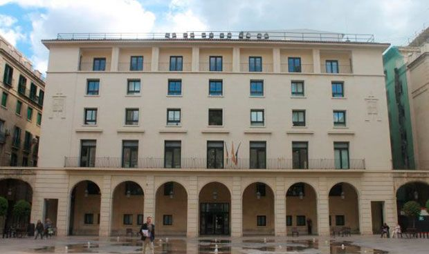 Condena a una agresión médica: 6 años y 50.000 euros por romperle el brazo