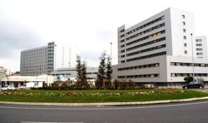 Dos presos hospitalizados en Valdecilla originan numerosos destrozos