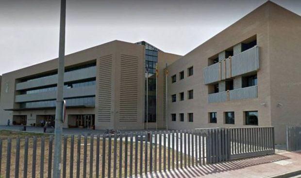 Condenan a 3 años de prisión a dos hombres por hacerse pasar por médicos