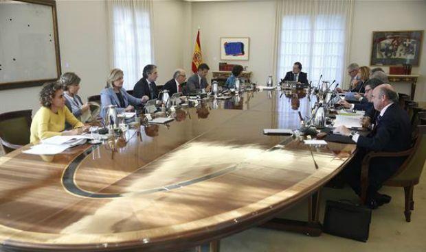 Consejo de Ministros: Moncloa echa a Comín y asume la sanidad de Cataluña