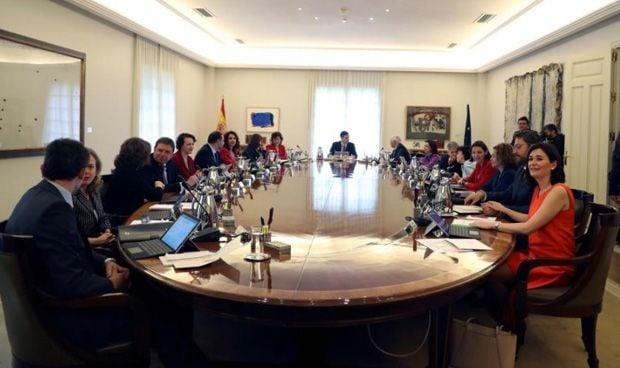 Consejo de ministros: ¿Por qué Montón y Duque tienen los 'peores' asientos?