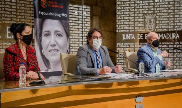 Covid: 700 extremeños reciben ayuda psicológica ante el duelo patológico