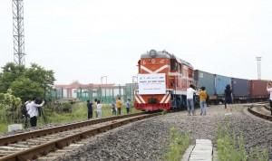 Coronavirus: China envía por tren 34,6 millones de mascarillas a España
