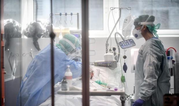 Coronavirus: el 'pico' de la curva eleva un 150% la mortalidad interanual