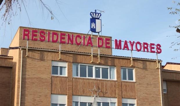 Coronavirus: las residencias de ancianos privadas, en manos de las CCAA