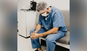 """Médico y paciente de riesgo de Covid-19: """"Es donde me toca estar"""""""