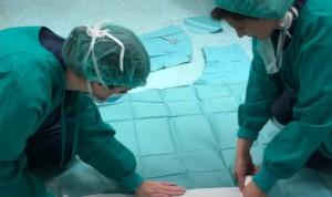 """Coronavirus: New York Times mira a los """"kamikazes"""" de la sanidad española"""