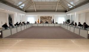 Covid: el Gobierno cambia la LOPS para fichar MIR sin plaza y extranjeros