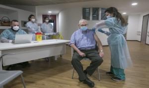Covid-19 vacuna: España administra casi 40.000 dosis en el último día