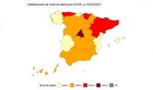 España se asoma a la cuarta ola Covid con 4 provincias en riesgo máximo