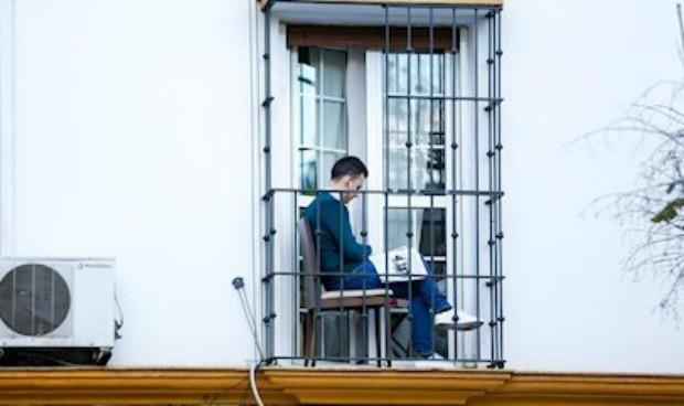 Covid: las bajas médicas laborales bajaron un 50% durante el confinamiento
