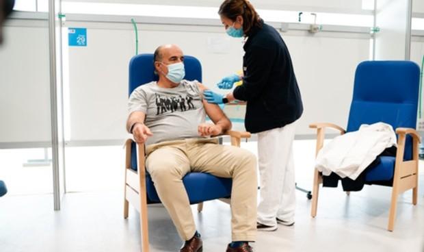 Covid: Madrid suma 10 hospitales a los puntos de vacunación en la comunidad