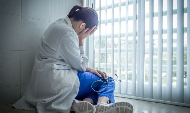 """""""Si un médico duerme 2 horas en una guardia de 24 es que no tiene vocación"""""""