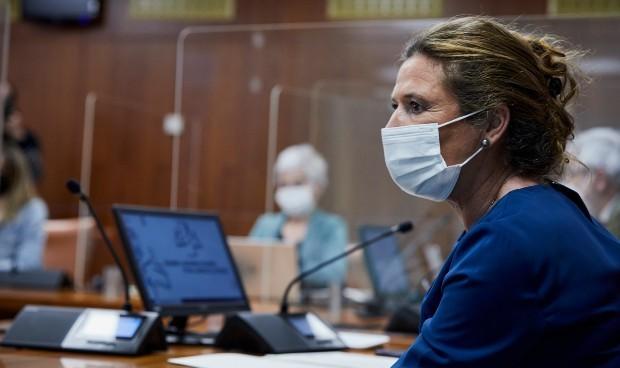 Covid: Salud terminará de vacunar residencias y primera línea esta semana