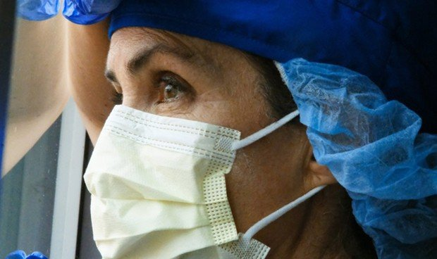 Covid-19 | Más de 7.000 sanitarios han muerto en el mundo, 63 en España