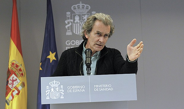 "Simón: ""España no está en una situación para ofrecer camas de UCI"""