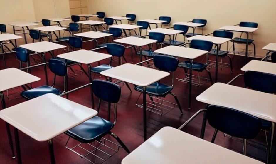 Sin mascarilla en el aula: con el 50% de adolescentes vacunados y baja IA