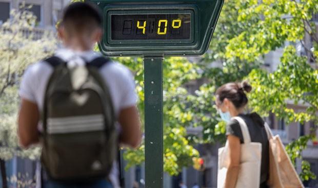 Covid y temperatura: cada grado de subida 'evita' 400 contagios en España