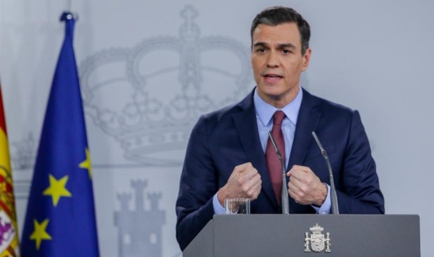 """Sánchez anuncia la """"vacunación masiva de menores de 50 años"""" para junio"""