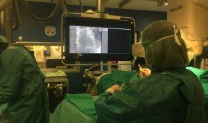 Cuatro hospitales implantan desfibriladores de última generación