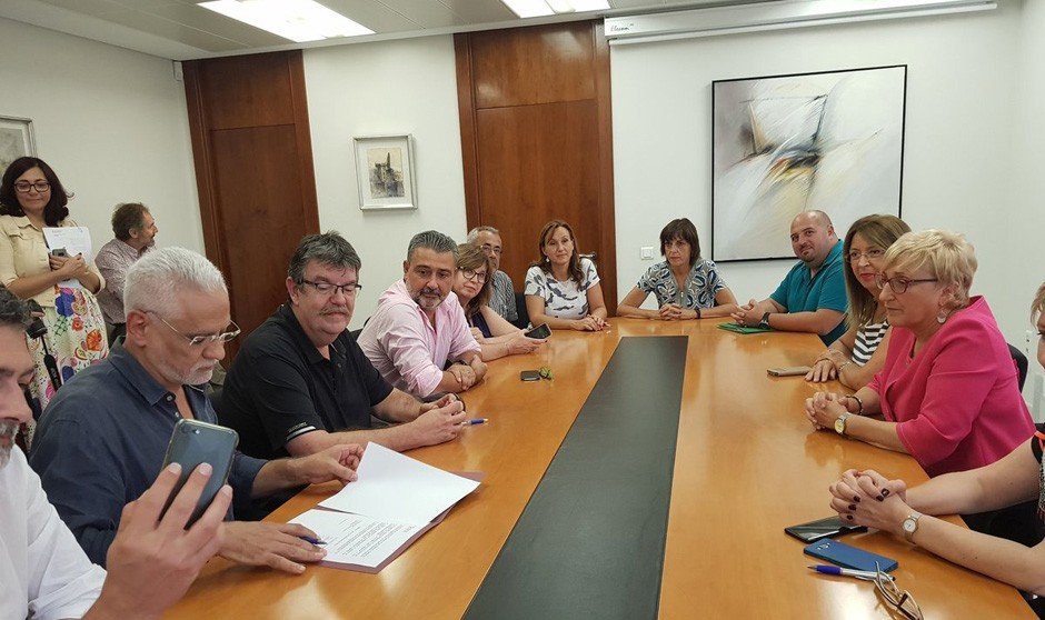 Cumbre de urgencia sindicatos-Sanidad en el levante español
