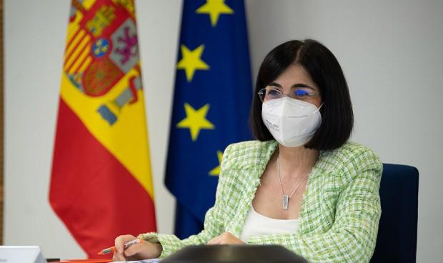 """Darias asegura que los MIR tienen """"preferencia"""" en la vacunación Covid"""
