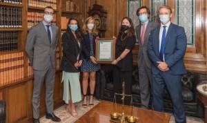 De Lorenzo Abogados refuerza sus certificados internacionales de calidad