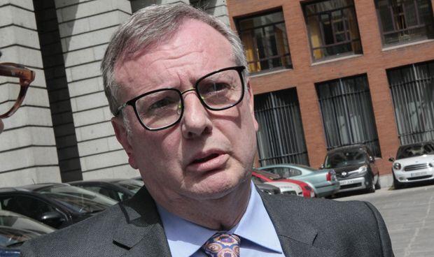 Del Busto se enfrenta a dos reprobaciones por parte de la oposición