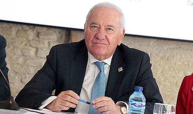 Denuncia: Pérez Raya urdió un plan para cobrar comisiones como presidente
