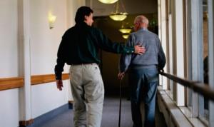 Dependencia: el cuidador debe cobrar las vacaciones como un mes ordinario