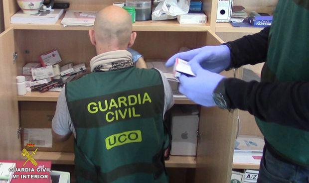 'Cazada' una red que vendía fármacos ilegales en todo el mundo desde España
