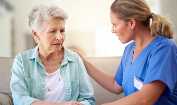 Descubren cambios ligados al alzhéimer 30 años antes de tener síntomas