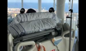 Detalles que curan: Una paciente ve la luz del sol tras 109 días en la UCI