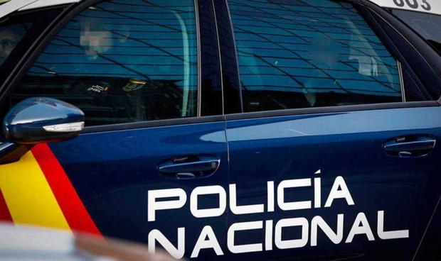 Detenida una falsa médico que inyectaba silicona en los labios a 8 mujeres