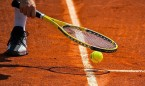 Detenidos 50 sanitarios por falsear turnos para ir a jugar al tenis