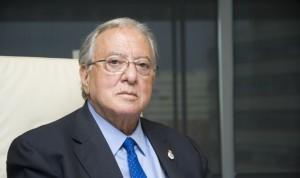 Diego Murillo recibe la Medalla de Oro de los médicos de Guipúzcoa