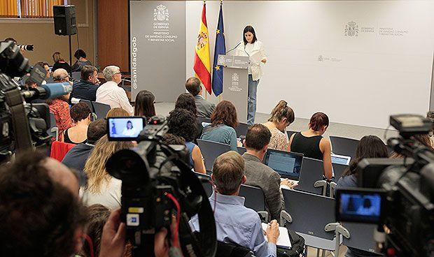 DIRECTO   Siga la última hora de la polémica por el máster de Carmen Montón