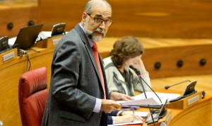 Domínguez cree en el modelo público de transporte pero admite excepciones